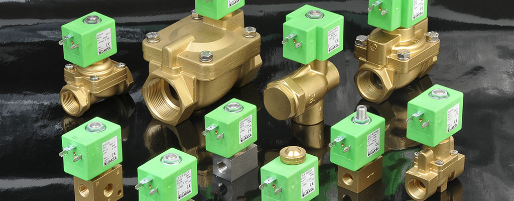 Power saving solenoid valves