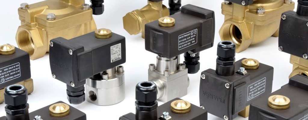 Explosion proof solenoid valves